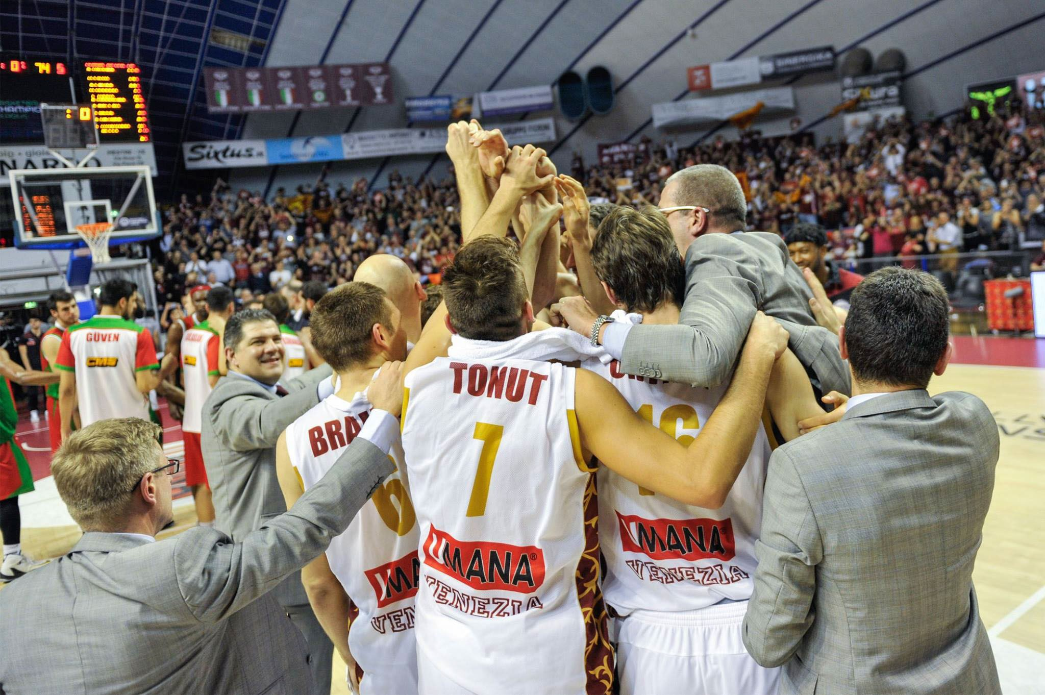 Le club historique Venezia Reyer disputera la Final Four de la Ligue des Champions!