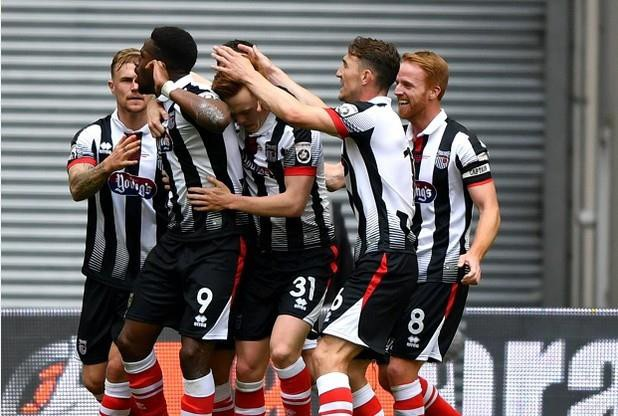 Le Grimsby Town fait son retour en Football League!